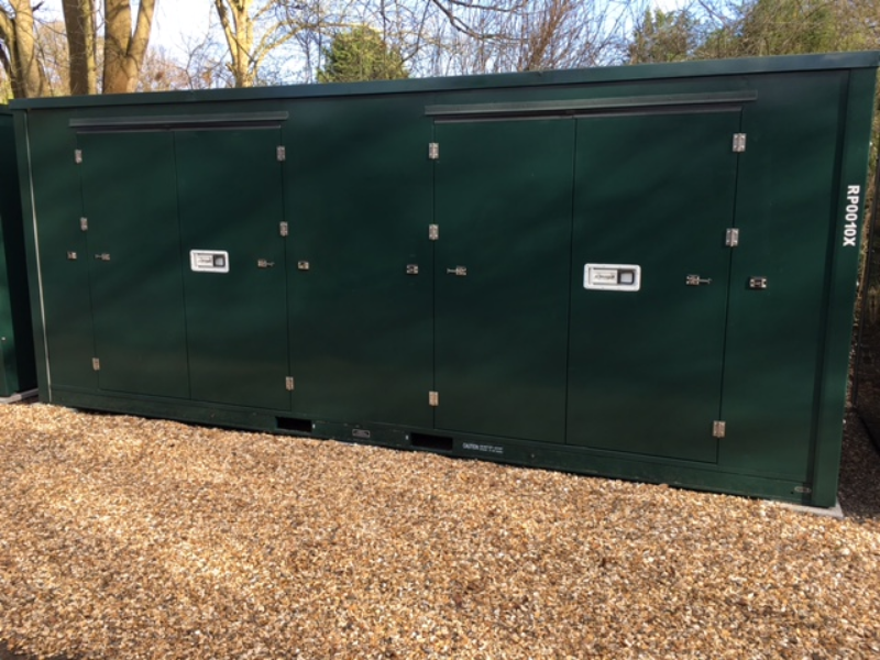 10ft self storage units container closed