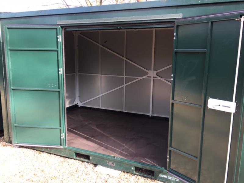 15ft self storage units container open